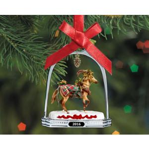 """Breyer """"Woodland Splendor Stirrup Ornament, julepynt. Håndmalet juletræspynt fra Breyer"""